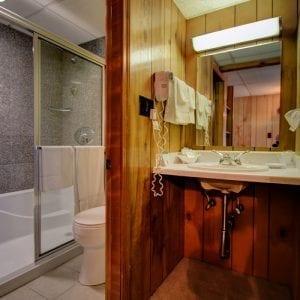 137 Vanity & Bath